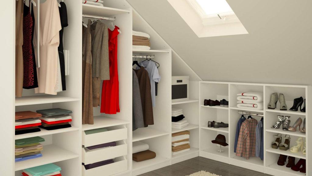 Дизайн гардеробной на мансарде