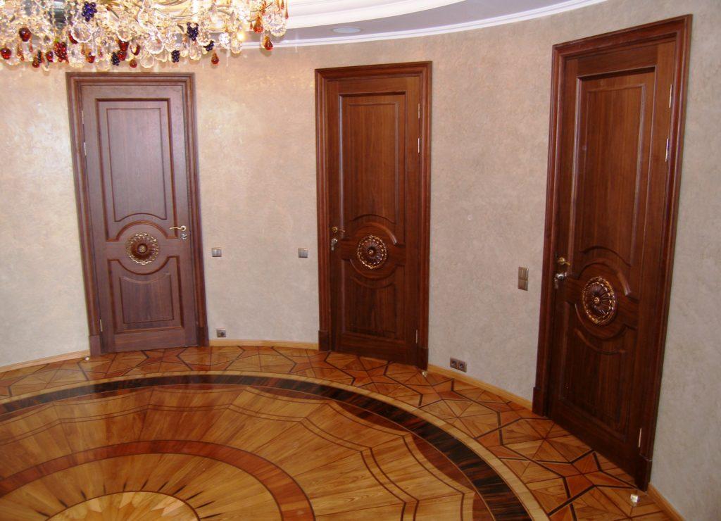 Межкомнатные двери из: дуба, ореха, ясеня, тика