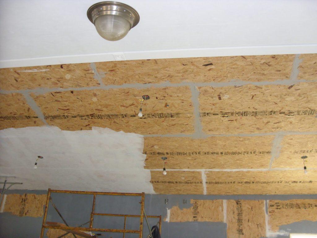 Потолка из ОСБ или фанеры