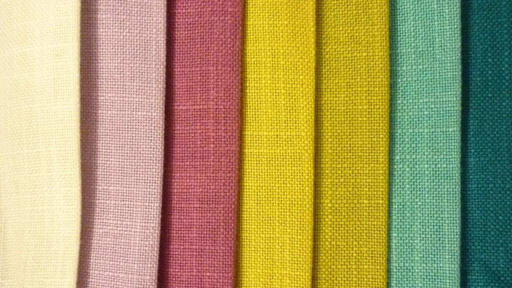 Текстильные или тканевые обои