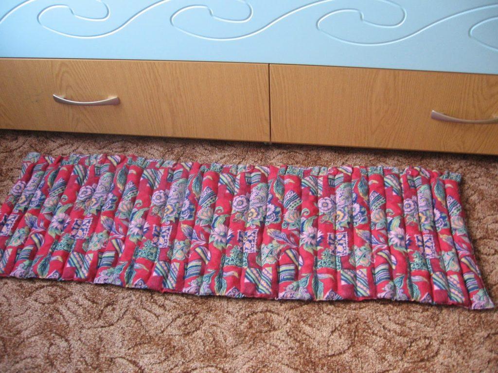 коврик из ткани