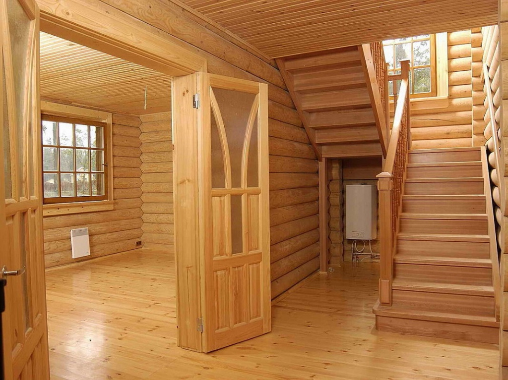Внутреннюю отделку деревянного дома