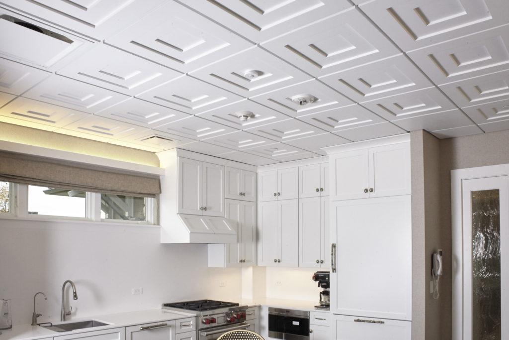 Диагональная схема размещения плит на потолке