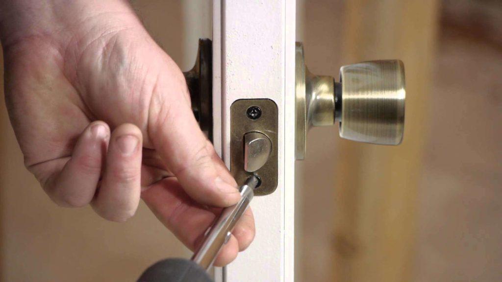 Руководство по установке различных типов дверных ручек