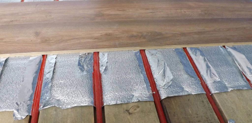 Укладка ламината на теплый пол